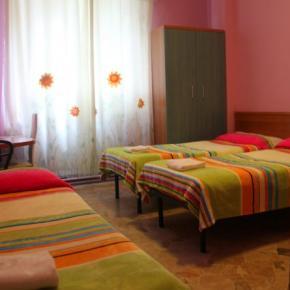 ホステル - Hotel Brivio