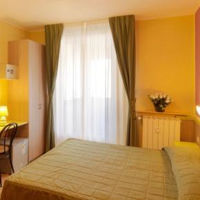 ホステル - Hotel Arco Romana