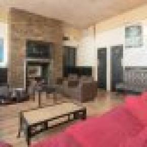 Phoenix Hostel