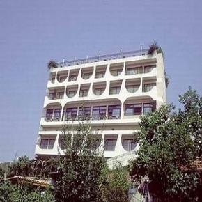 ホステル - Egnatia Hotel