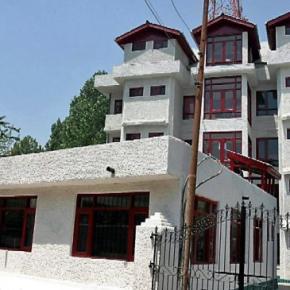 ホステル - Hotel Sadaf