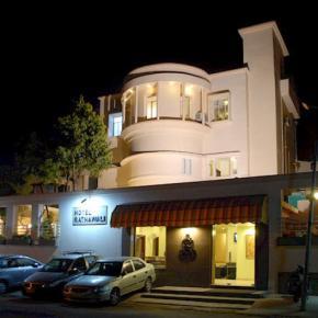 ホステル - Hotel Ratnawali