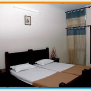 ホステル - Hotel Raghuraj Palace