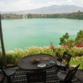 ホステル - The Babogaya Lake Viewpoint Lodge
