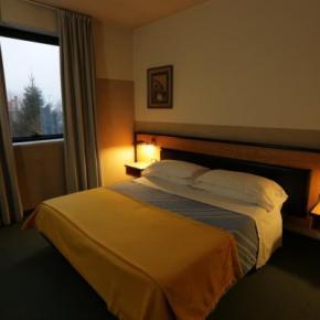 ホステル - Art & Hotel Treviolo