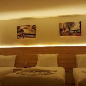 ホステル - Otantik Guest House