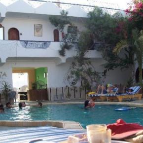 ホステル - Dahab Plaza Hotel