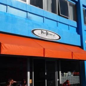 ホステル - Point Break Backpackers & Cafe