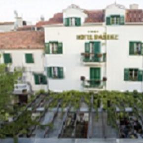 ホステル - Hotel Pasike