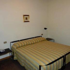 ホステル - Hotel Europa Spoleto