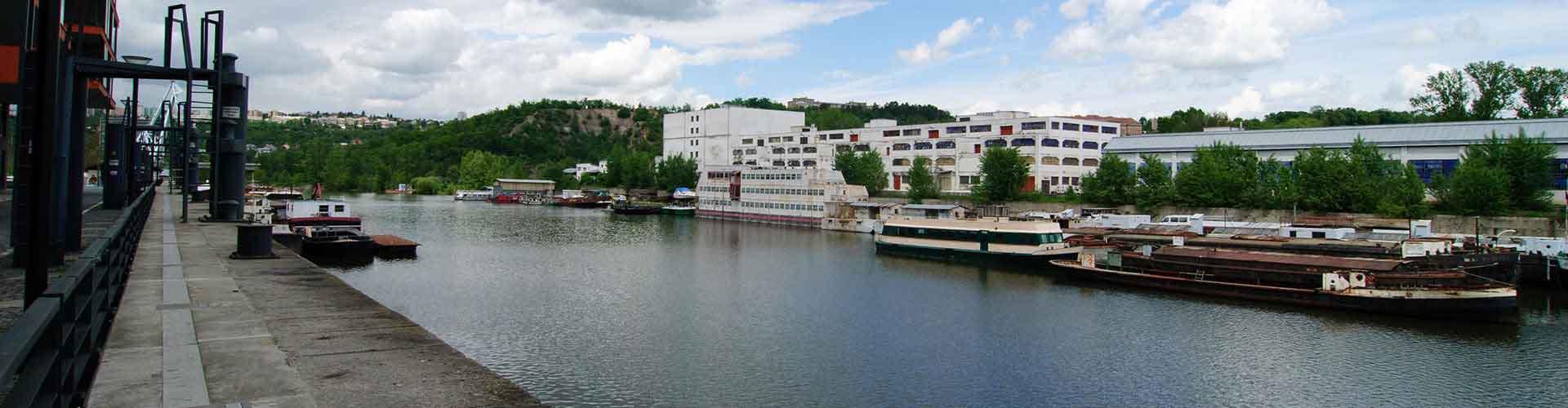 プラハ – Holesovice地区のホテル. 地図 プラハ, すべてのホテルの写真とレビュー プラハ.