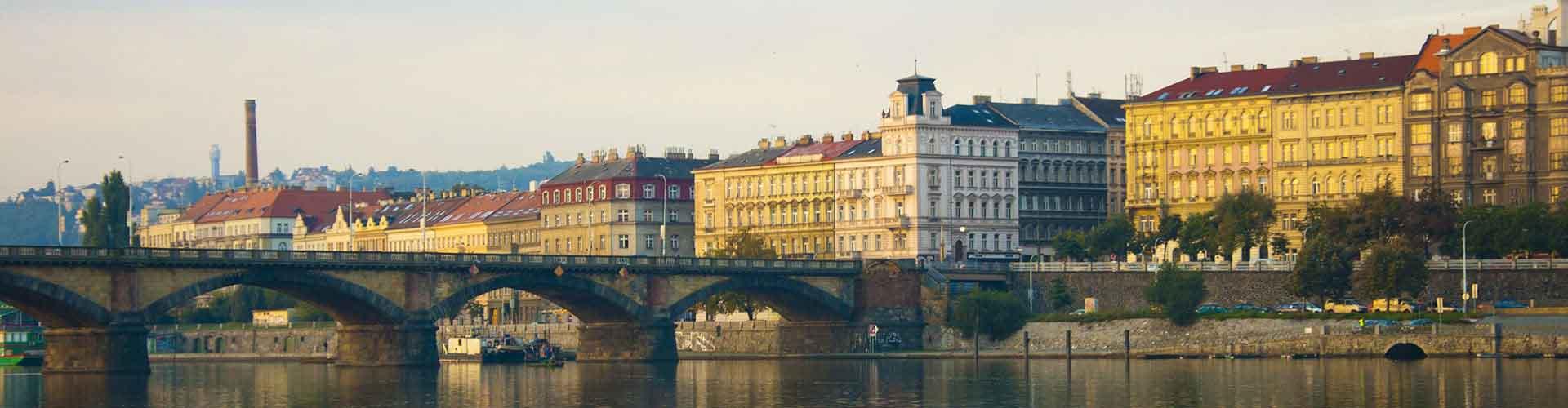 プラハ – Prague 2地区のユースホステル. 地図 プラハ, すべてのユースホステルの写真とレビュー プラハ.