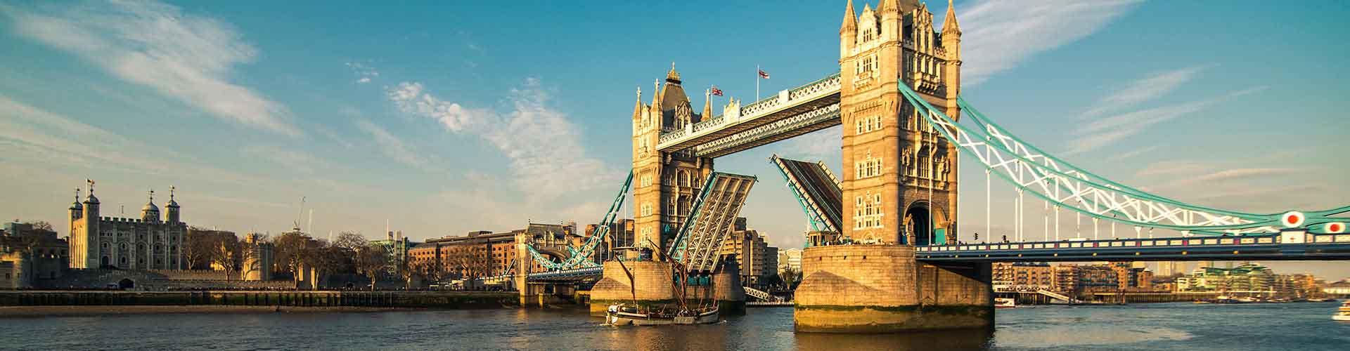 ロンドン – タワーブリッジの近くにあるホステル. 地図 ロンドン, すべてのホステルの写真とレビュー ロンドン.