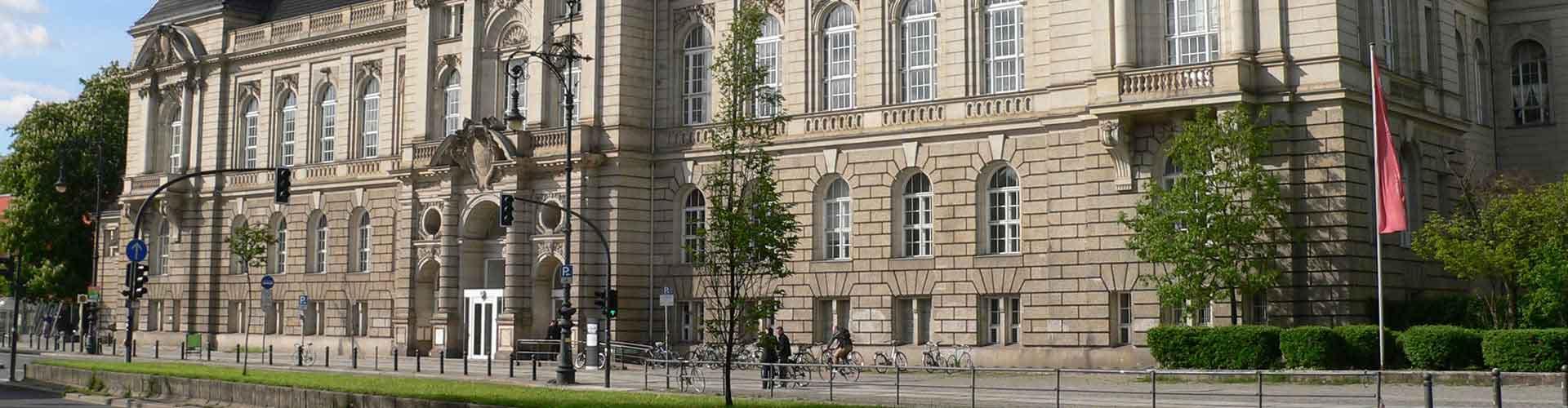 ベルリン – Berzik Charlottenburg地区のユースホステル. 地図 ベルリン, すべてのユースホステルの写真とレビュー ベルリン.